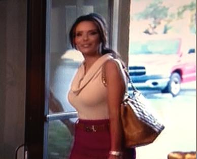 Karen Sierras Tan Purse & Belt Walking In To Work Chanel Hermes