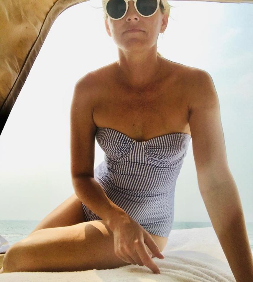 Elizabeth Banks' Seersucker Bathing Suit