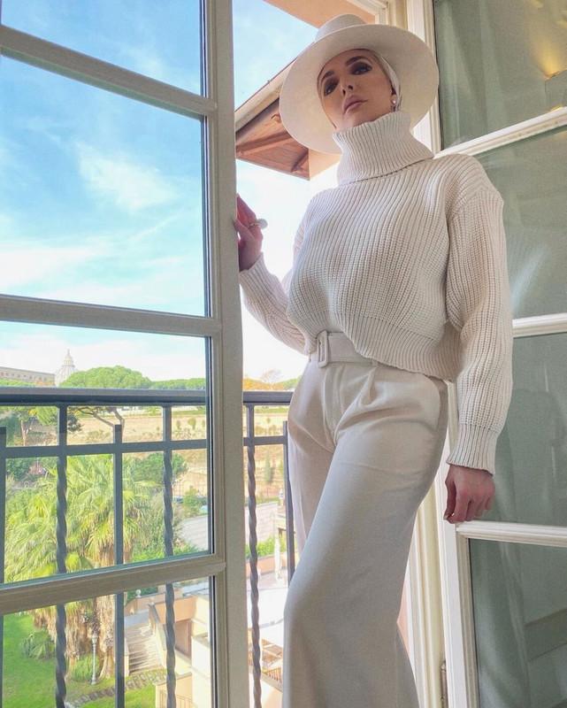 Erika Jayne Girardi's Ivory Outfit in Rome