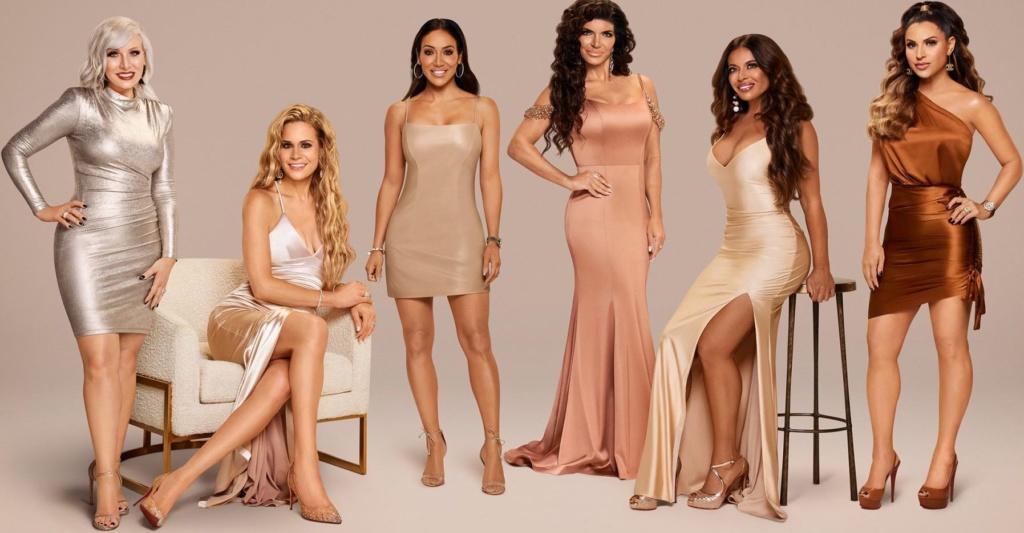 Jennifer Aydin's Season 11 Cast Photo Dress
