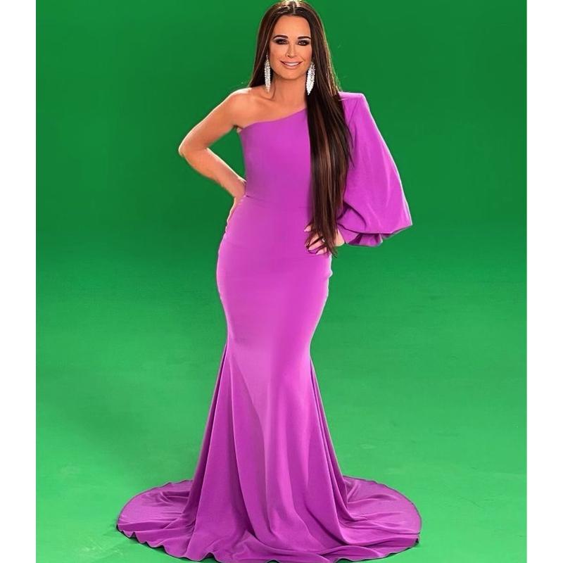 Kyle Richards' Purple One Shoulder Gown